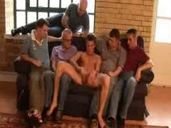 Str8 Jock masturbates in front of 5 gay guys
