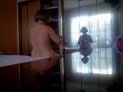plump ass mom hidden cam putting on panty