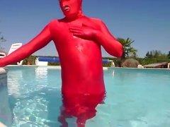 masturbation en lycra spandex rouge