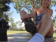 Foot Fetish Yoga Instructor Nicole's hot stinky feet