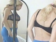 Katerina Konec gets soft anal stretching