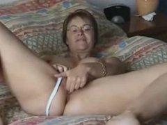 Big Boob Wife Puts On A Show