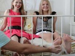 tickling 2 girles