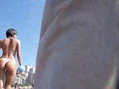 Morocha en la playa