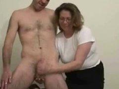 Mature slut loves to jerk stranger. Amateur Older