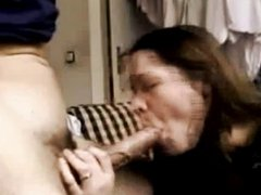 Slut does an amazing deepthroat to a big cock