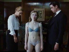 Sexy Emily Browning in bra & panties Cameltoe