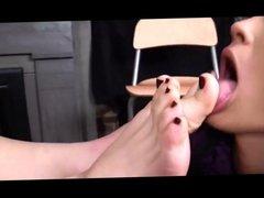 lesbian slave worship feet