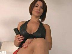 Ella Kross:Foot Worship with Heel Cleaning