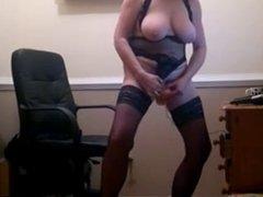 mature webcam masturbation