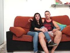 Jadhai folla a su novia Lucia para los Chicos del Cable