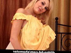 Foxy blondie Peris plays with her massive dildo