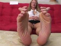 Milf takes about feet