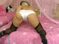 British Schoolgirl Masturbates In Stockings And Garter