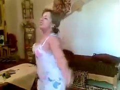 arab wife dancing 3