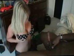 Amateur hot blonde sucking bbc