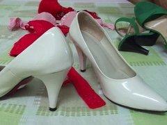 Cum wife's heel bra Cumshot GF shoe heel. Heel Shoe Bra .w33