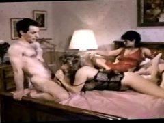 Vanessa Del Rio fucks girl, then girl get fucked by a guy!