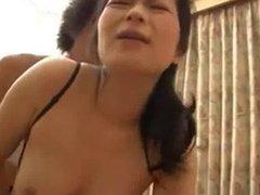 Horny mother had a peek