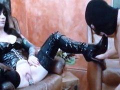 stooge  must give pleasure his Mistress
