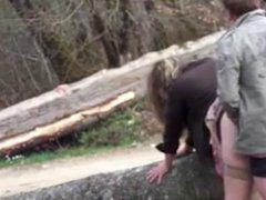 gouter a la bite sur un tronc