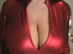 Babe titty tease