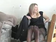 candid feet in tights