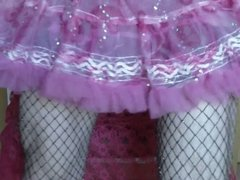 Wichsen in Handschuhen und Petticoat
