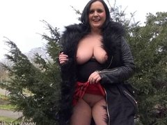 Busty amateur milf Sarah Janes flashing and public masturbat