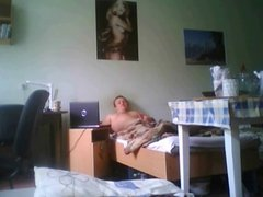 hidden cam in nasty roommates room