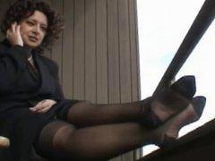 ebony femdom in 15 deniers