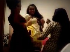 Bangladeshi hot tennage girls erotic dance