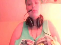 P-cup Dirty talking web cam babe