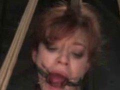 Justine Jolie teaser 4