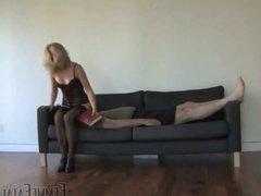 femme fatale facesitting