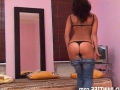 Teen cutie Sinti flashing her panties in jeans
