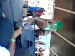 Bikini Contest Shake