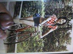 Yuri Kwon (SNSD) Bike hot shorts