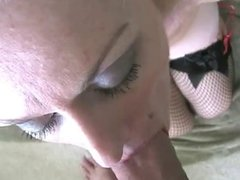 She knows how to suck, facial