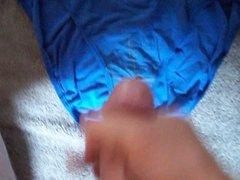 Cumming in my NV friends wifes panties (SneakyPop)