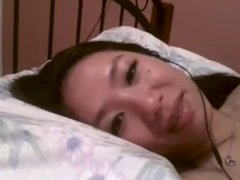 chinese selfish exgf rub hairy pussy on webcam