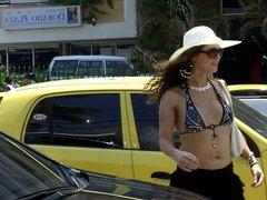 Nikki Ladyboys is an outdoors Tranvestite