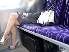 UK HELEN ...TRAIN FLASH.