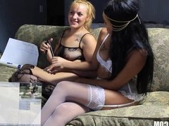2 hot amateurs dominate eachother for first time
