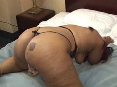 Black BBW Toying her Cung