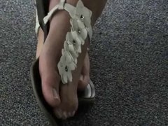 Girls feet at office, Voyeur
