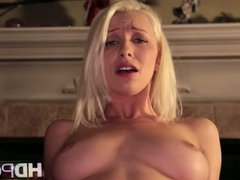 HD POV Sexy blonde Stevie Shae looks you in the eye blowjob