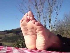 Big meaty feet outside