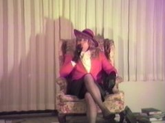 T Gurl Leather Gloves Maturbation--Enjoy!