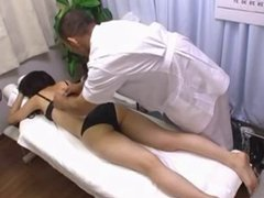 Beautiful Japanese gets Massage with Happy Ending